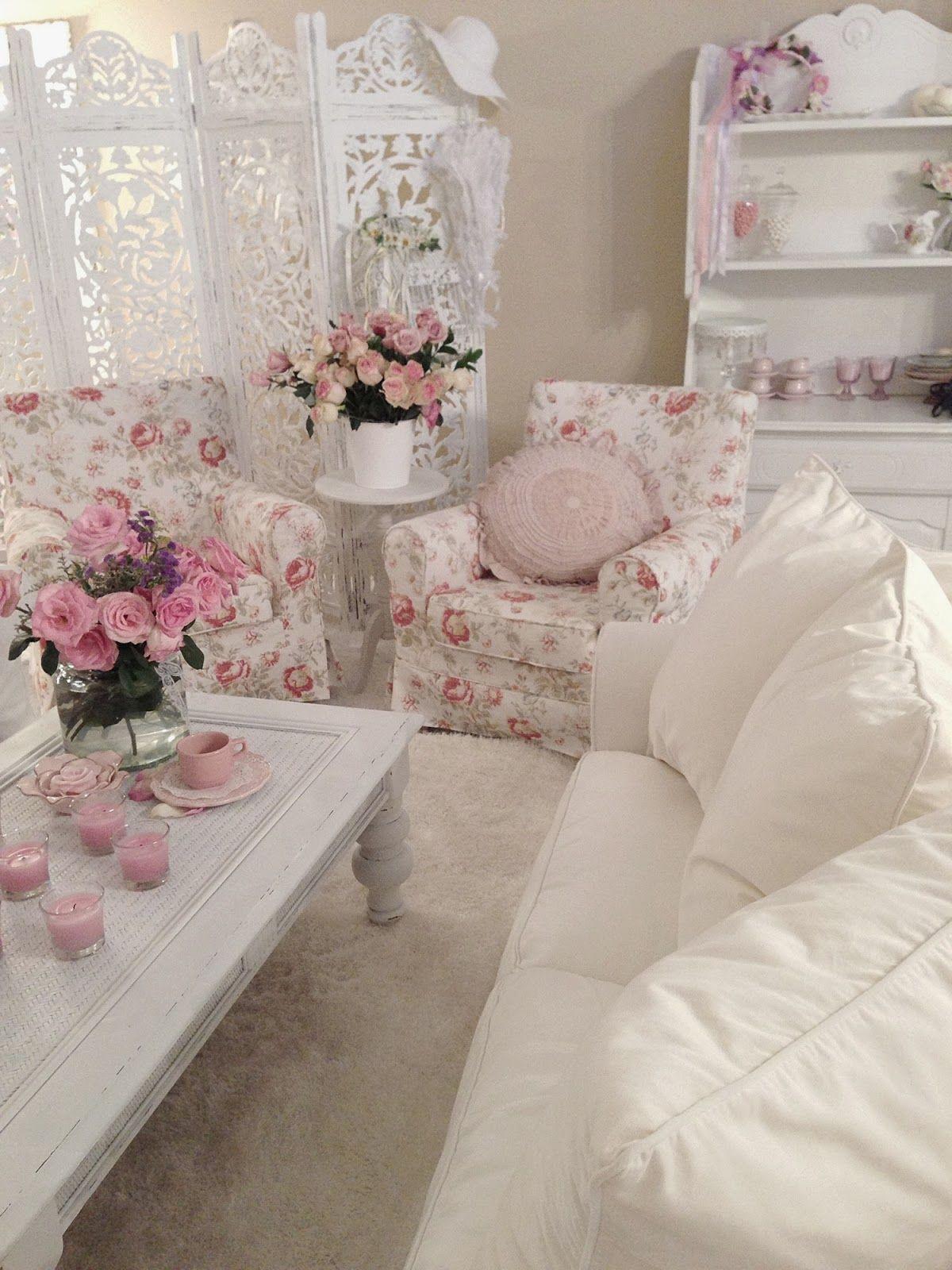Розы в шебби-шик интерьере
