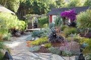 Фото 23 Ландшафтный дизайн дачного участка (106 фото): стили, варианты, идеи