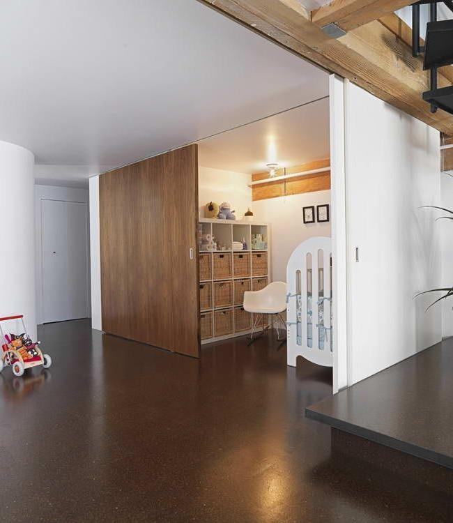 Бесшумная скользящая перегородка идеально подойдет для детской комнаты