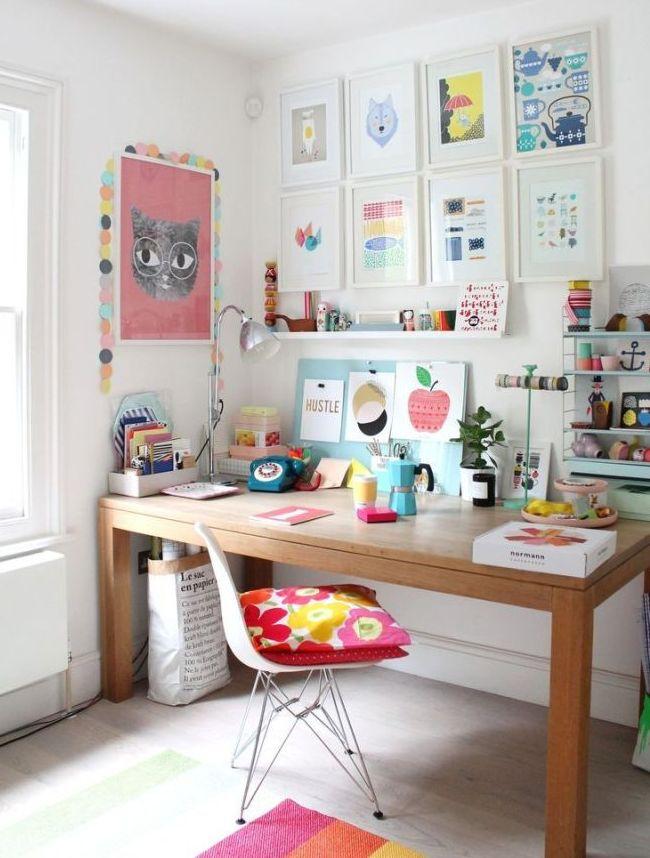 Стол из МДФ экологически безвреден и может использоваться в детской комнате