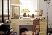 Фото 7 Письменный стол (47 фото): как выбрать хороший стол для работы