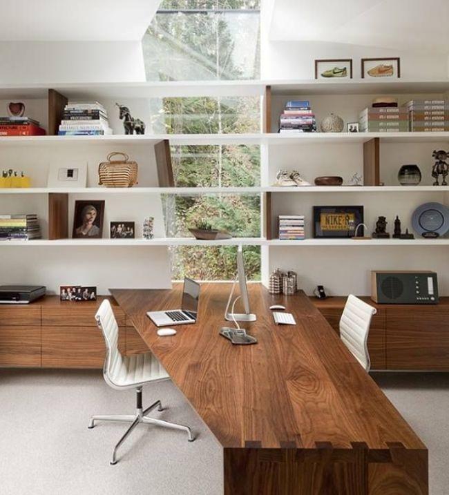 Угловой стол с надстройкой - функциональное хранение канцелярских принадлежностей