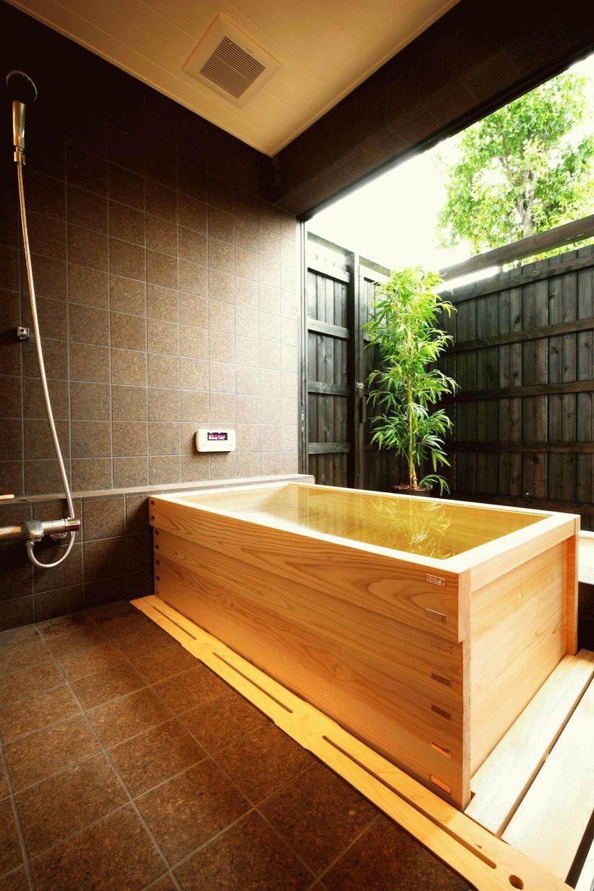 Деревянная купель японской бани офуро
