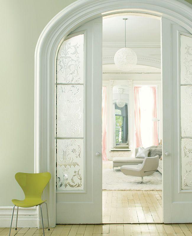 Дверь в стиле барокко - шедевр в вашей комнате