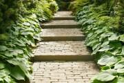 Фото 7 Садовые дорожки своими руками (45 фото): материал, форма, особенности