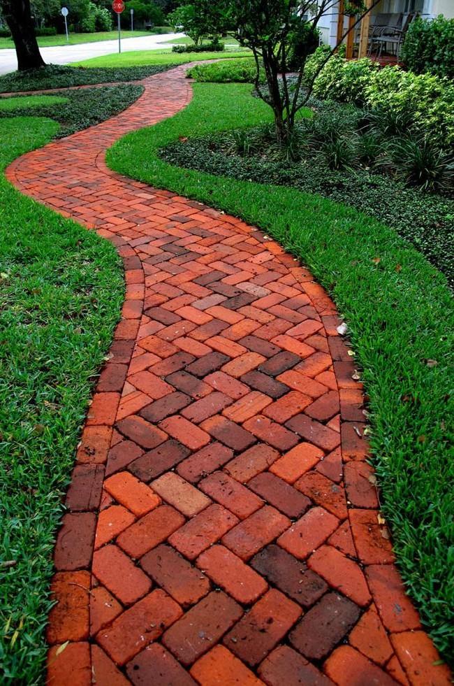 Садовые дорожки своими руками (45 фото): материал, форма, особенности