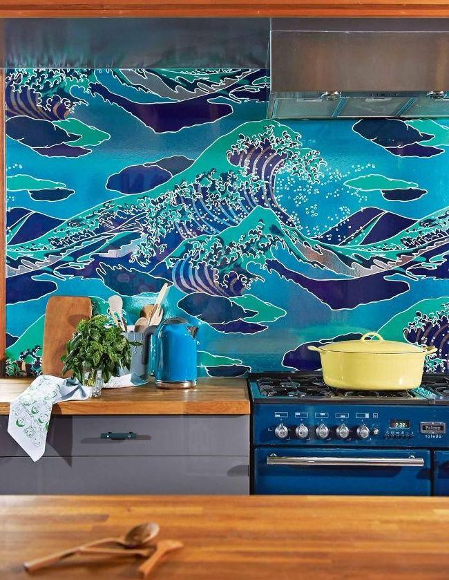 Яркий фартук с изображением морской волны