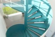 Фото 3 Винтовая лестница (50 фото): эффектные интерьерные решения