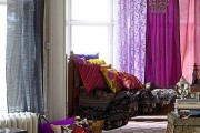 Фото 11 Фиолетовые шторы в интерьере: особенности настроения и выбор оттенков
