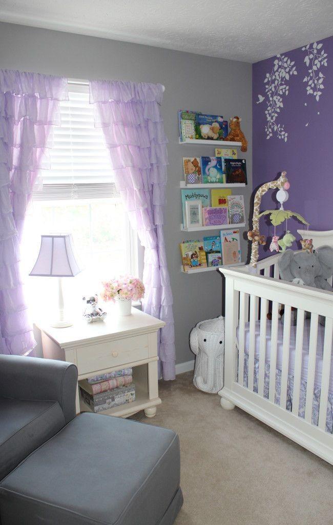 Светло-фиолетовые визуально увеличивают пространство интерьера детской