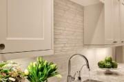 Фото 32 Керамическая плитка для кухни на фартук: особенности выбора и оформления