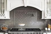 Фото 26 Керамическая плитка для кухни на фартук: особенности выбора и оформления