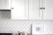 Фото 24 Керамическая плитка для кухни на фартук: особенности выбора и оформления