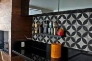 Фото 19 Керамическая плитка для кухни на фартук: особенности выбора и оформления