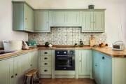Фото 13 Керамическая плитка для кухни на фартук: особенности выбора и оформления