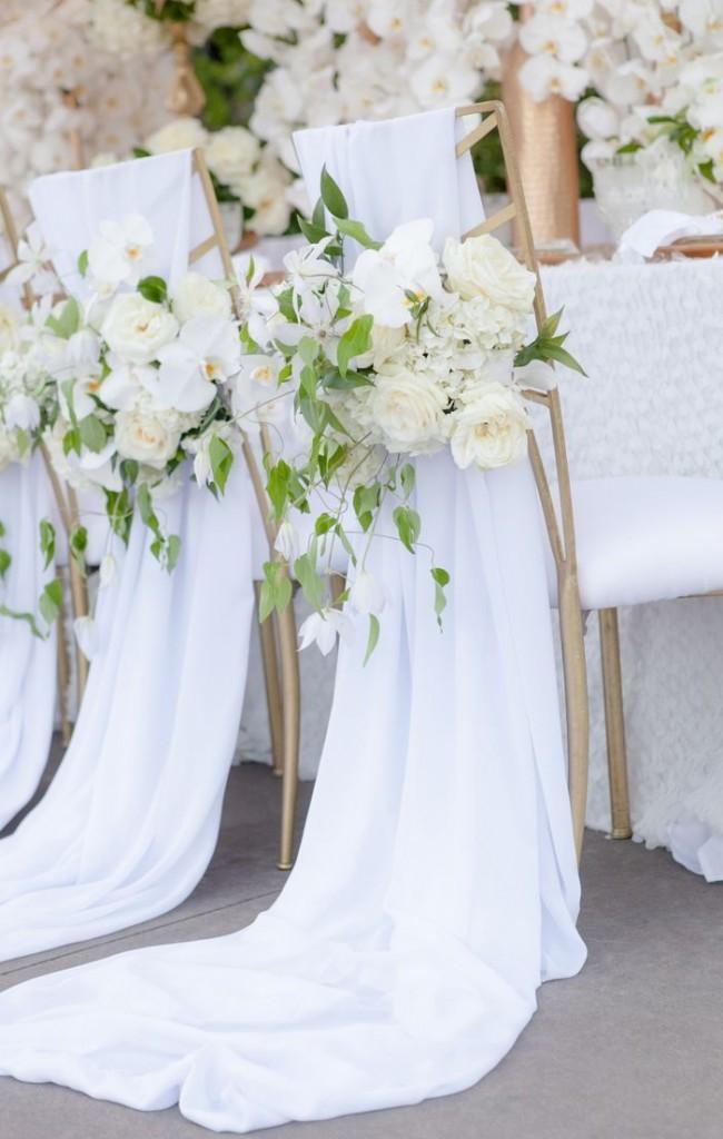 Нежные, роскошные, ниспадающие чехлы на стулья для свадебного торжества