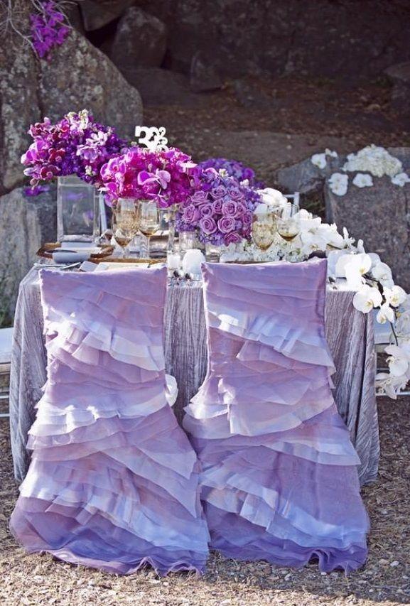 Нарядные чехлы нежно-лилового цвета