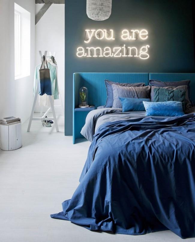 Этот, на первый взгляд, лаконичный цвет способен сделать стильным практически любое помещение