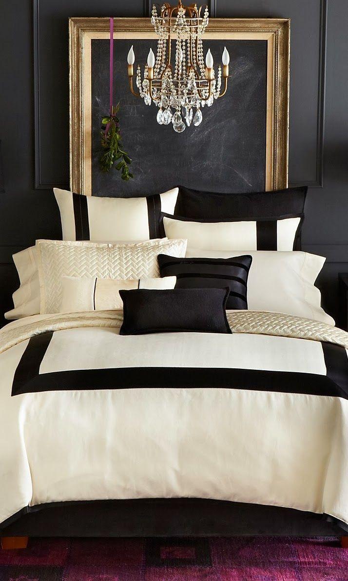Айвори и черный в тандеме создают элегантный и изысканный интерьер