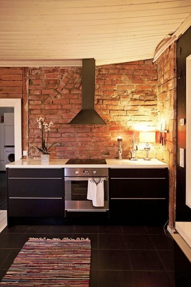 Отделка декоративным кирпичом рабочей кухонной зоны