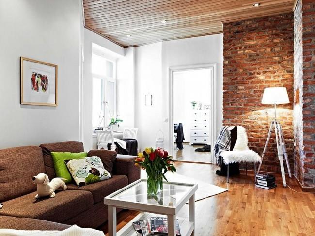 Внутренняя отделка декоративным кирпичом позволит стильно и практично украсить интерьер