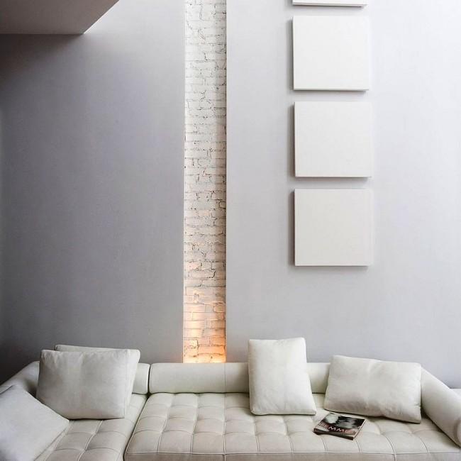 Участок стены, отделанный декоративным кирпичом