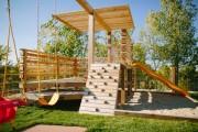 Фото 1 Детская площадка на даче своими руками (56 фото): безопасно, весело и полезно