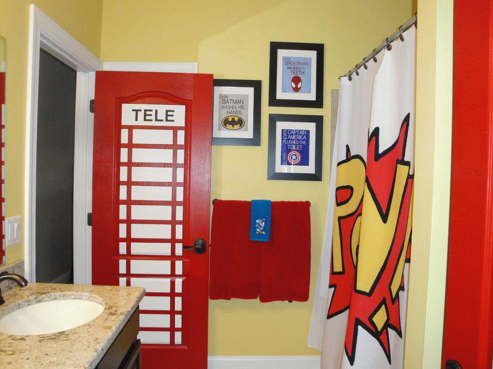 Дверь стилистически гармонирующая с интерьером ванной комнаты