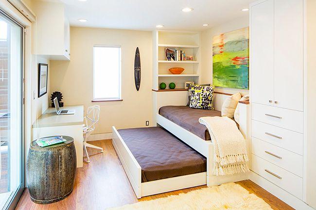 Выдвижная кровать с двумя спальными местами - удобно и компактно