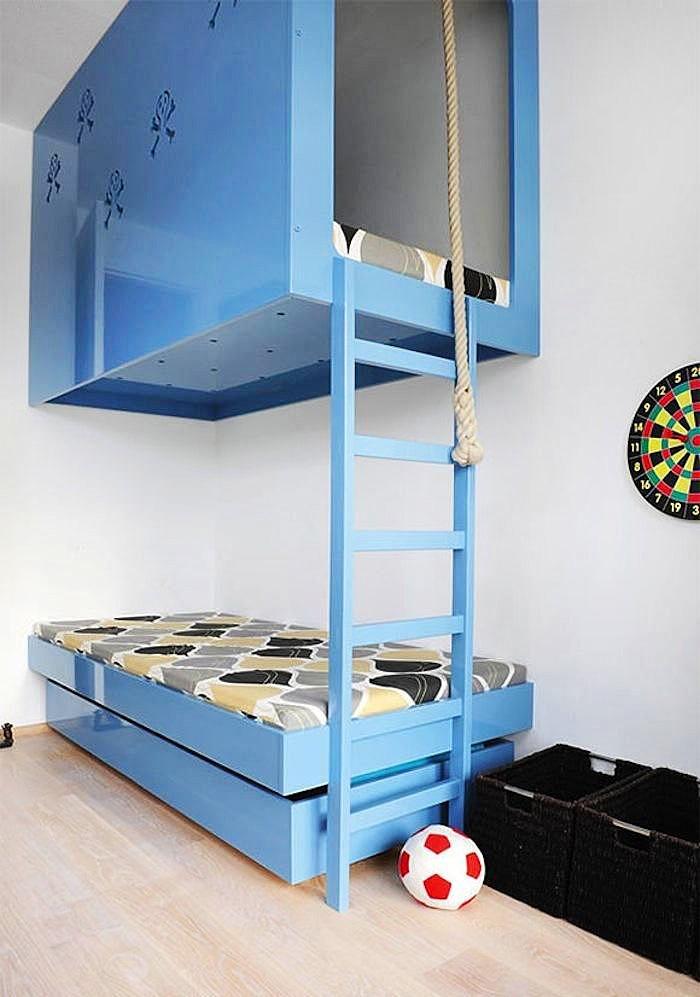 Стильно и практично - кровать в два этажа из ДСП