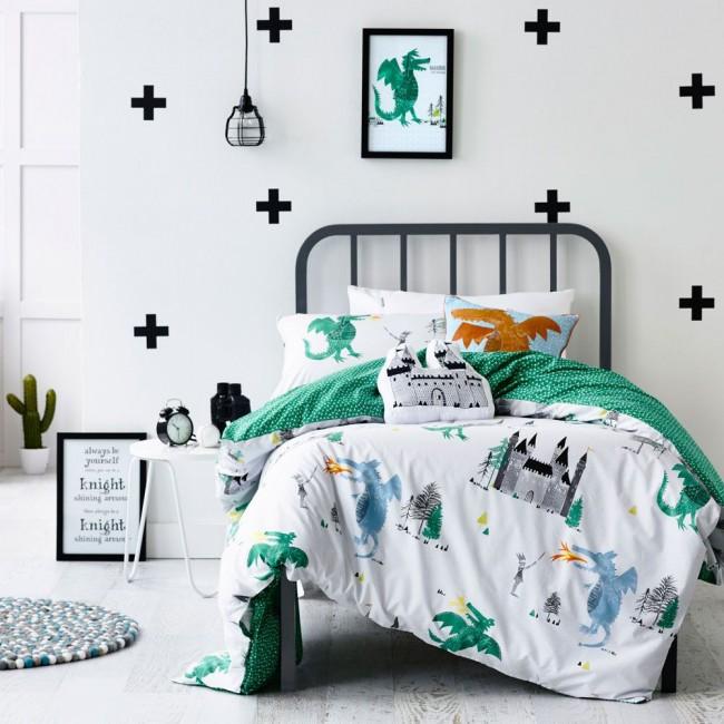 Зеленый - успокаивающий цвет, поэтому в разумных количествах и спокойных оттенках он отлично подойдет для детской комнаты