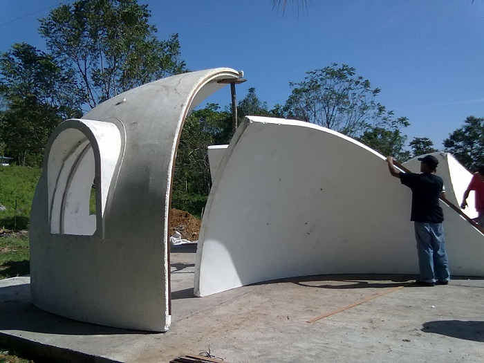 Возведение купольного пенопластового дома