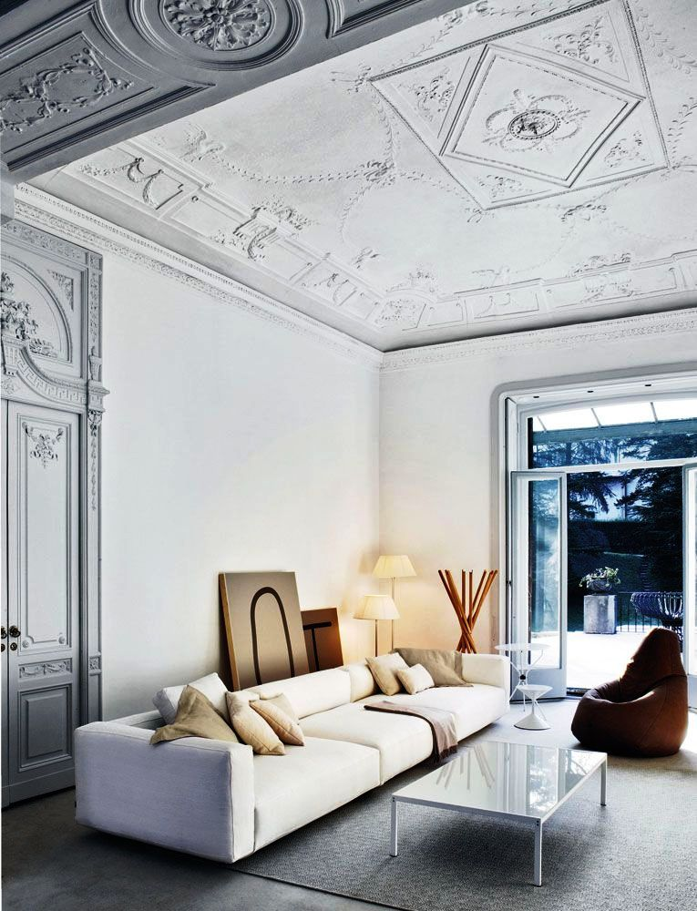 Лепнина в современном интерьере квартиры фото