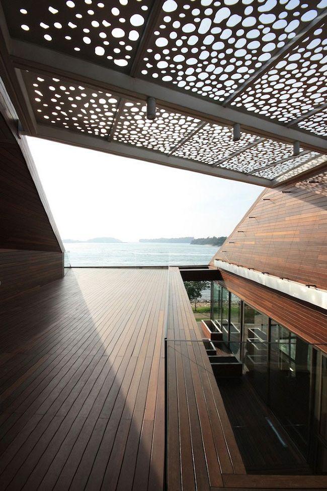 Стиль перголы должен сочетаться с другими архитектурными строениями