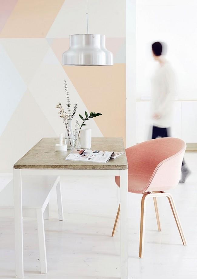 Персиковый цвет в минималистичном интерьере