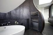 Фото 11 Полотенцесушитель для ванной: 65+ стильных вариантов для интерьера и советы дизайнеров