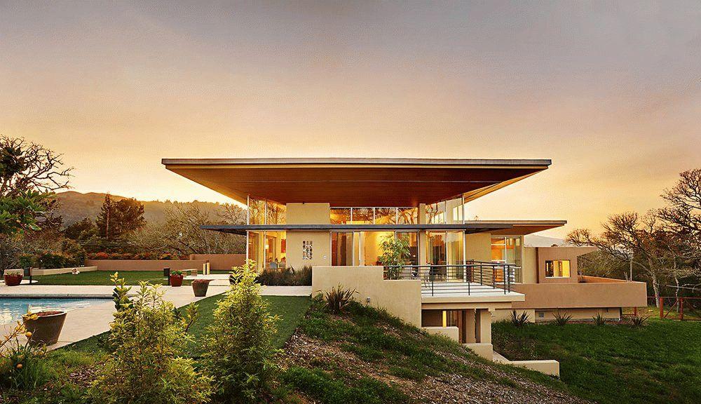 Проекты домов с плоской крышей изначально были популярней в западных странах