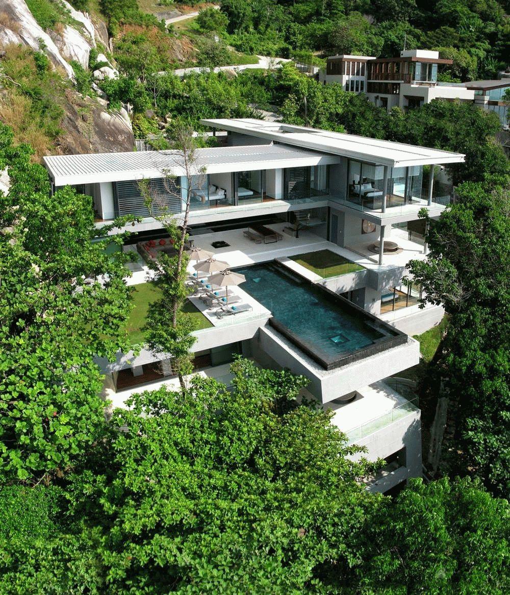 Многоэтажная вилла с плоской крышей