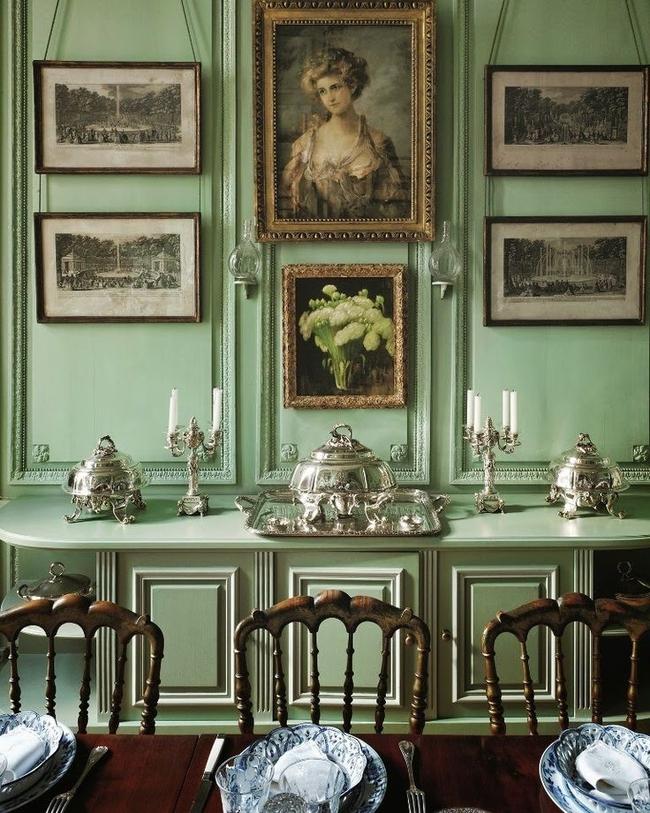 Доминирующий фисташковый цвет подчеркнет благородство викторианского стиля