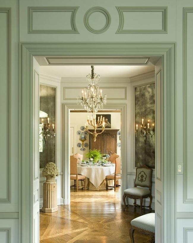 """Сдержанная роскошь классически оформленного современного дома: как говорят в англоязычных странах, """"classy"""""""