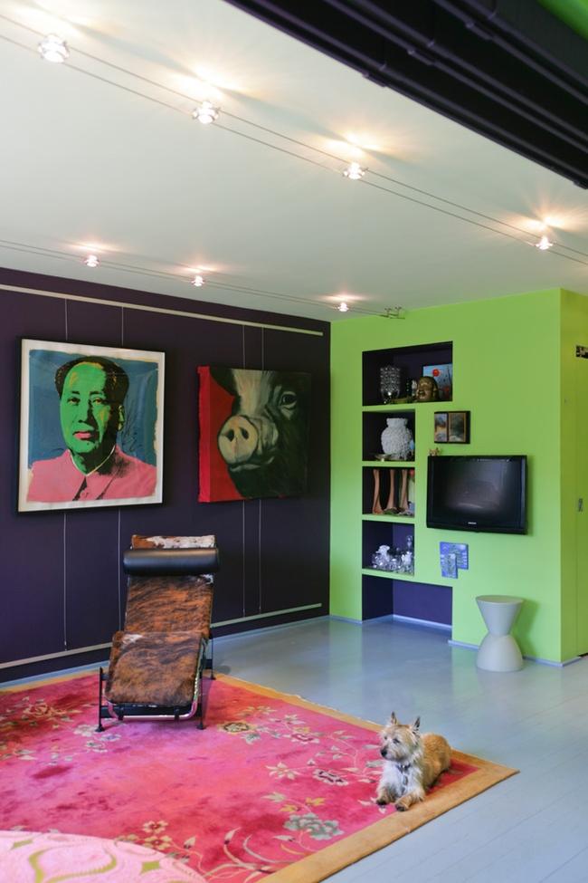 Даже с таким сдержанным цветом, как фисташковый, можно создать эпатажный интерьер, главное - чувство стиля и желание экспериментировать