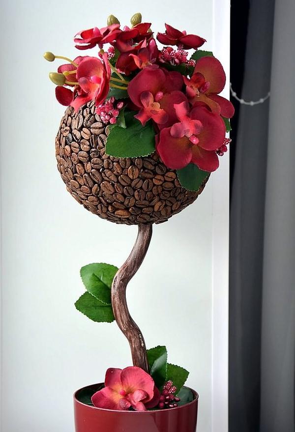 Женственный яркий цветочный декор кофейного дерева - отличный подарок подруге-любительнице кофе