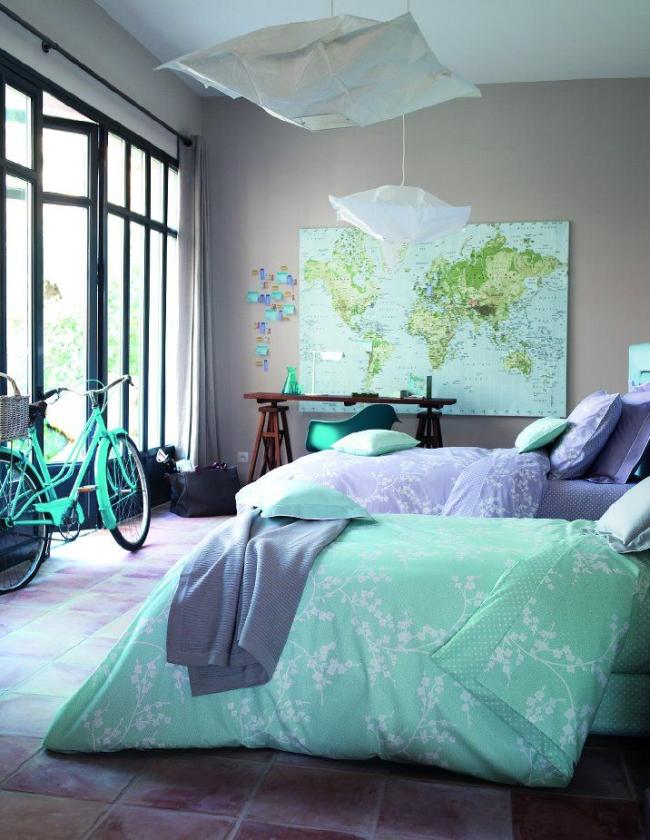 Мятный цвет характерен отсутствием изначальной гендерной привязки и его можно использовать для оформления интерьера дома или одной комнаты любого члена семьи любого пола и возраста