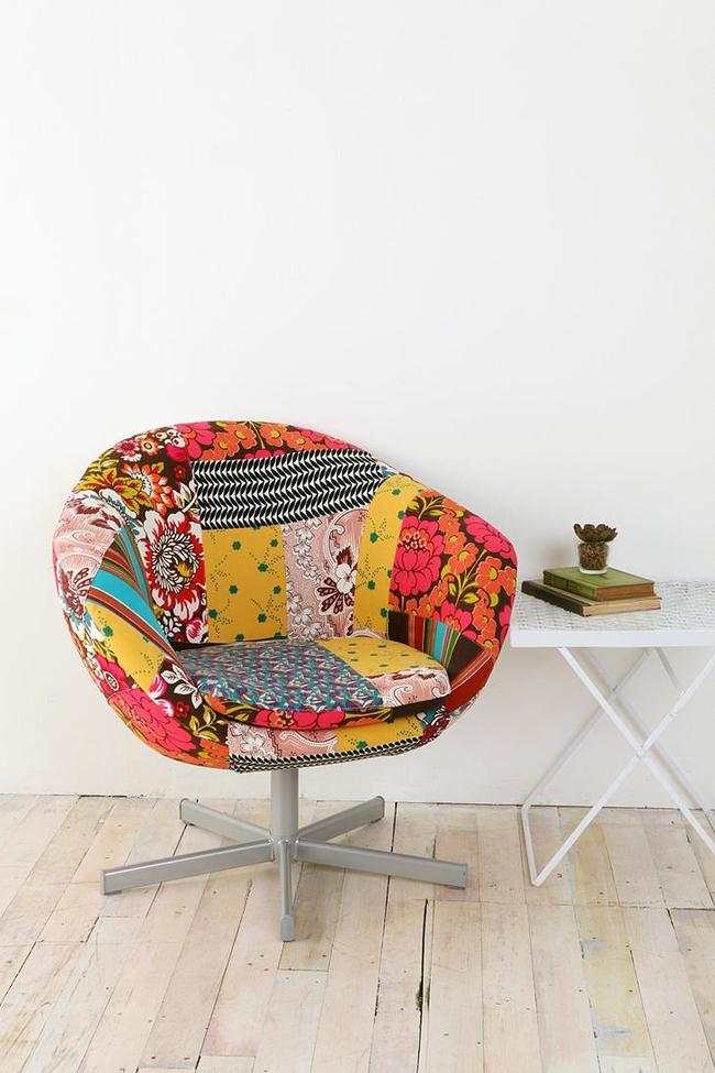 """Фабричное дизайнерское кресло с обивкой в стиле """"пэчворк"""" - находка для многих направлений дизайна интерьеров: эклектичного, романтичного и так далее"""