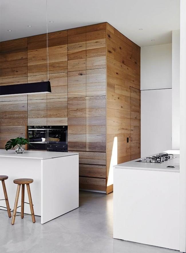 Деревянные панели - выразительная часть минималистичного интерьера