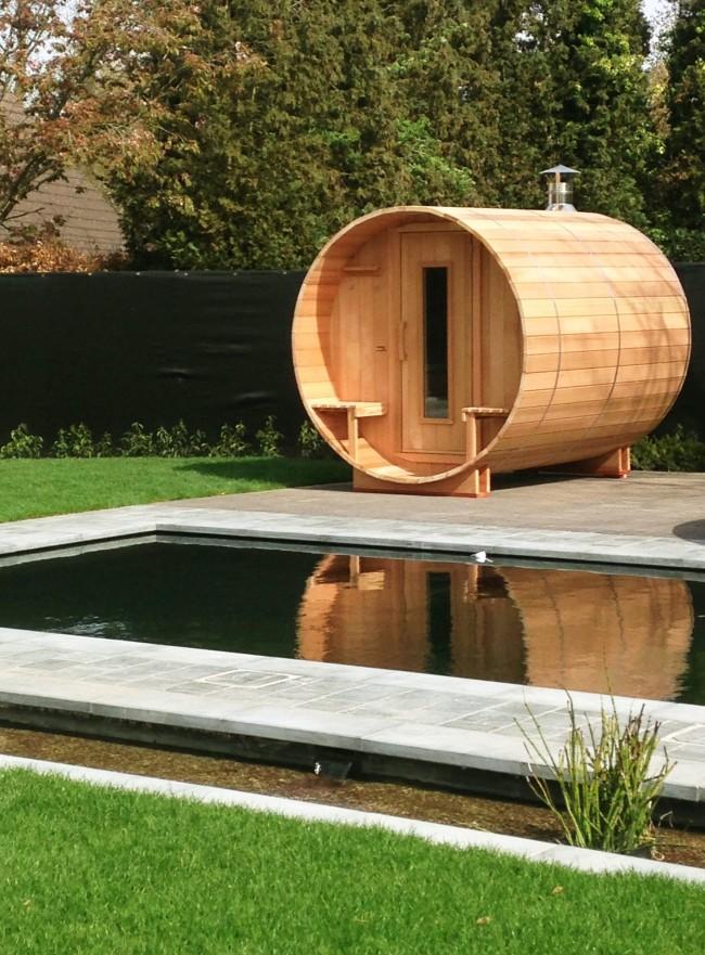 Перед сборкой бани необходимо обработать все деревянные части защитной пропиткой