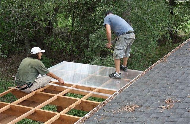 Монтаж поликарбонатной крыши