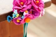 Фото 29 Цветы из гофрированной бумаги своими руками: лучшие мастер-классы и советы по декору