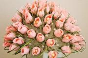 Фото 30 Цветы из гофрированной бумаги своими руками: лучшие мастер-классы и советы по декору