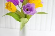 Фото 31 Цветы из гофрированной бумаги своими руками: лучшие мастер-классы и советы по декору